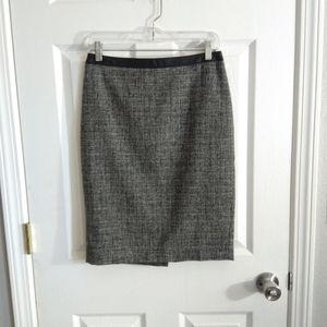 Ann Taylor grey pencil skirt size 2